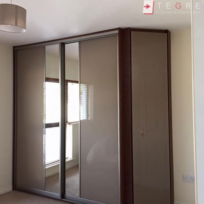 High Gloss & Color Glass Sliding Doors 55