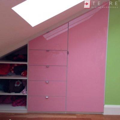 Attick & Understairs Built In Wardrobes 31