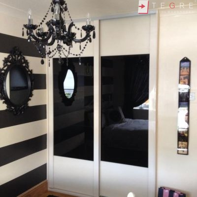 Attick & Understairs Built In Wardrobes 32