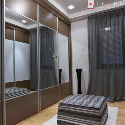 Bedroom & Livingroom Built In Wardrobes & Doors 01