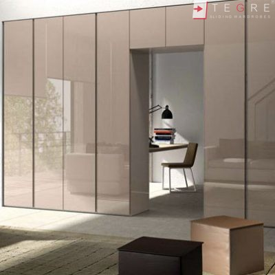 Bedroom & Livingroom Built In Wardrobes & Doors 04
