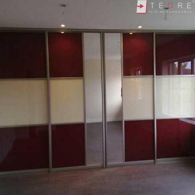 Cream Glass Sliding Wardrobes & Doors 03