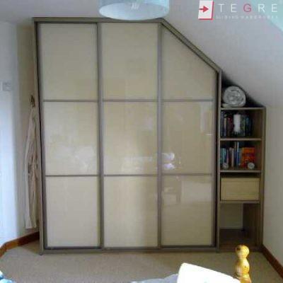 Cream Glass Sliding Wardrobes & Doors 05