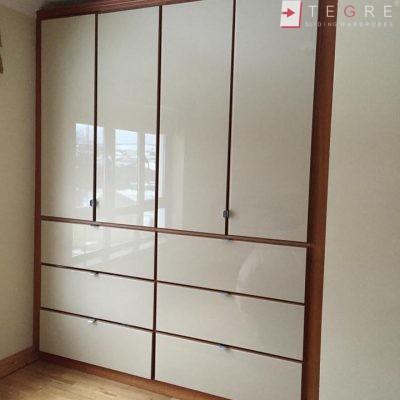 Cream Glass Sliding Wardrobes & Doors 08