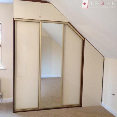 Cream Glass Sliding Wardrobes & Doors 13