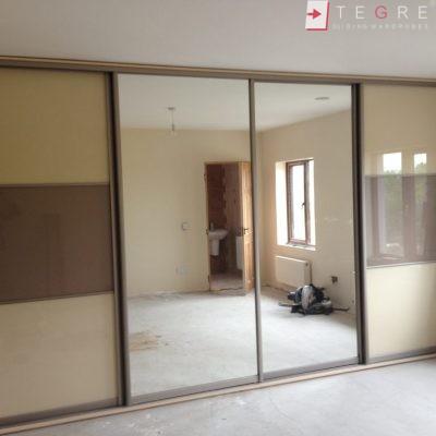 Cream Glass Sliding Wardrobes & Doors 18