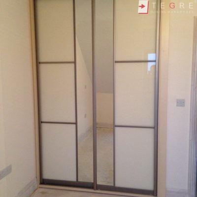 Cream Glass Sliding Wardrobes & Doors 22