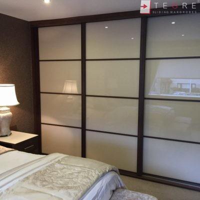 Cream Panel Wardrobe Door In Wood Gandle 02