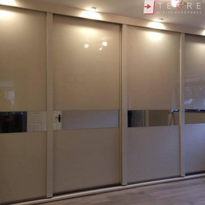 Fitted & Built In Sliding Wardrobes 03