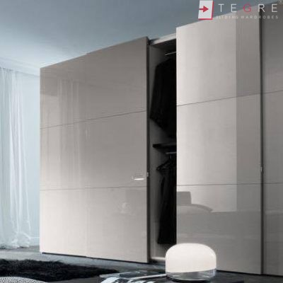 Fitted & Built In Sliding Wardrobes 04
