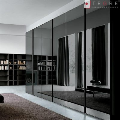 Sliding Black Glass Built In Wardrobes 01