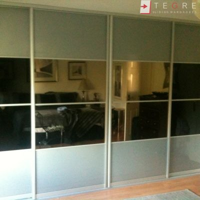 Sliding Black Glass Built In Wardrobes 06