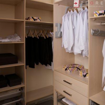 Walk In Wardrobes Interiors 06