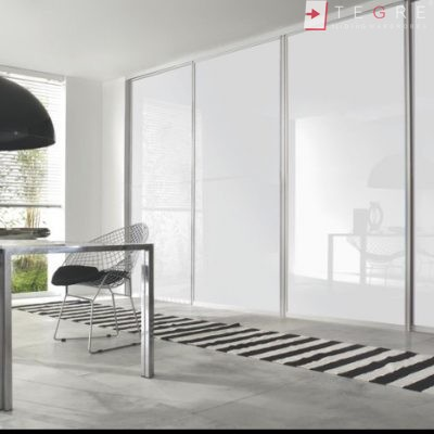 White Panel & White Glass Sliding & Built In Wardrobe 01