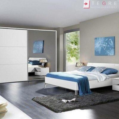 White Panel & White Glass Sliding & Built In Wardrobe 32