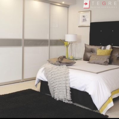 Sliding Wardrobes Color Glass White And Light Grey 20